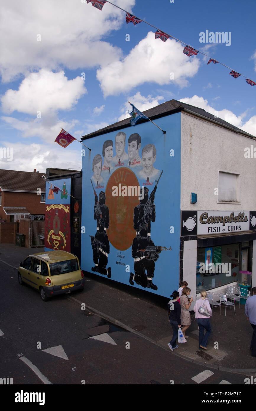 Loyalist mural on Shankill Road Belfast - Stock Image