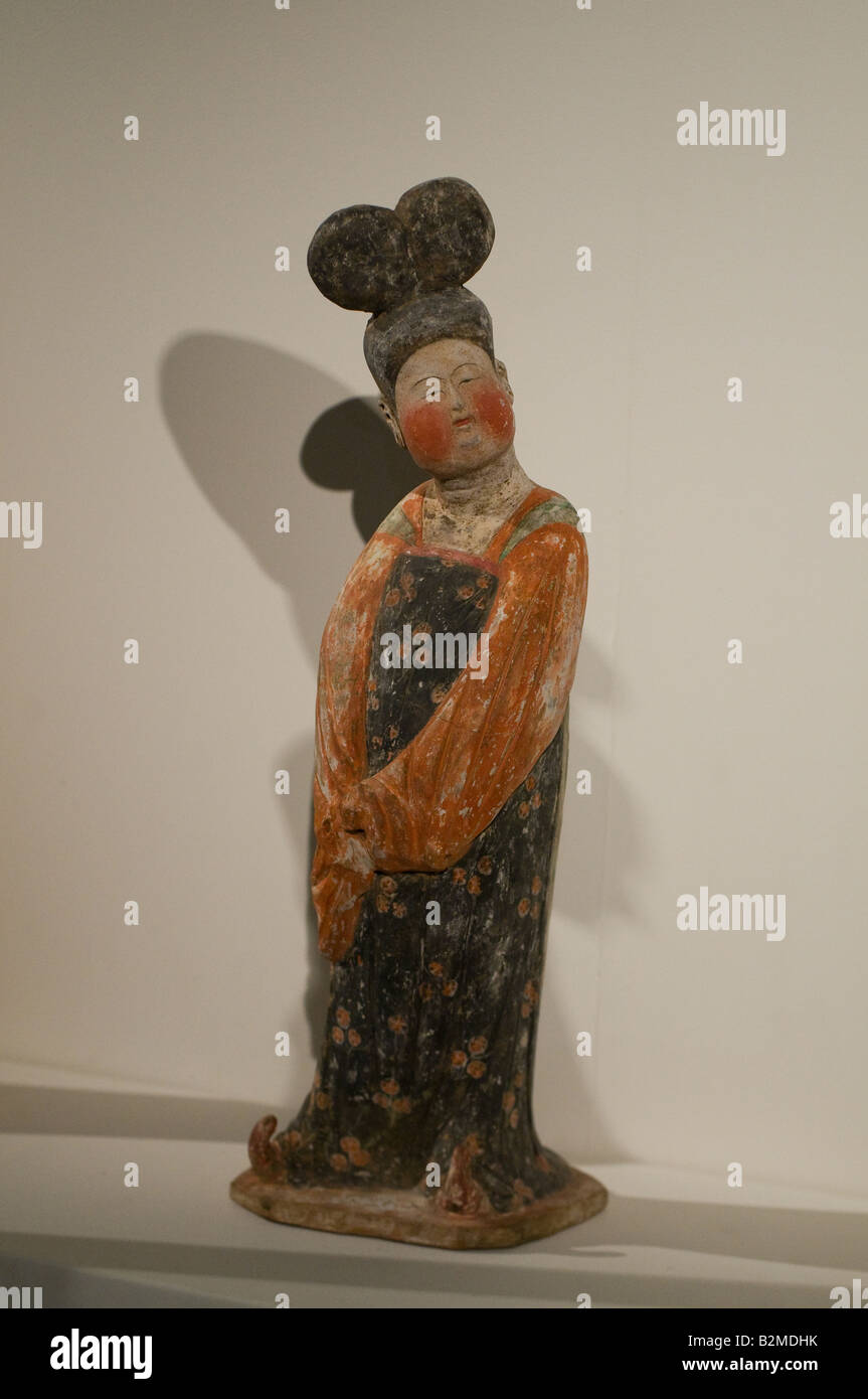 Lady with chignon mingqi (tomb figure)  Tang dynasty 8th-9th century CE - Stock Image