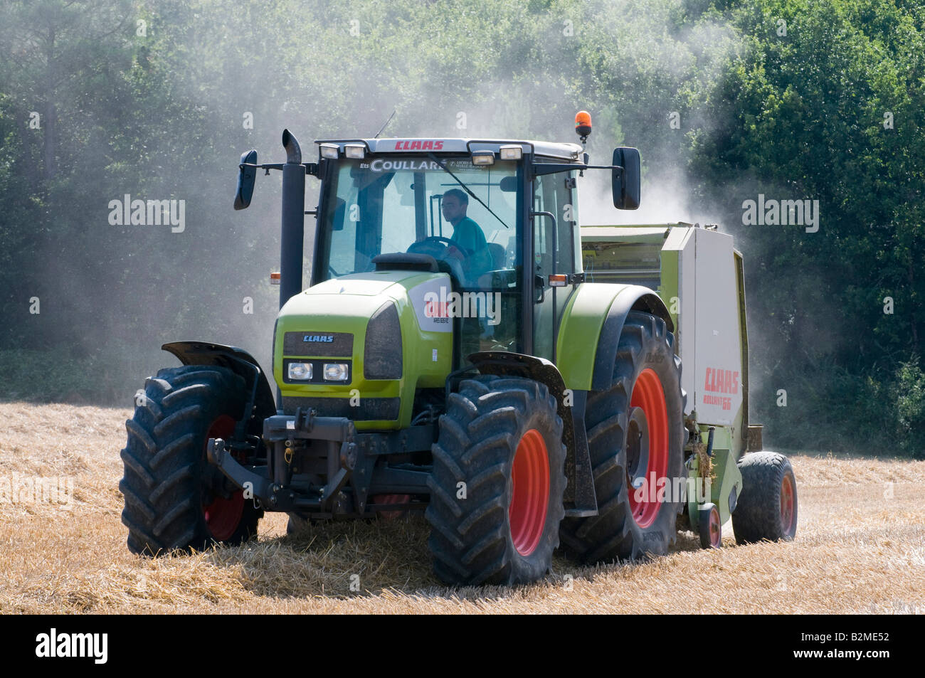 claas rollant 66 stock photos claas rollant 66 stock images alamy rh alamy com Claas Baler Hydraulic 250 Gauge Claas Baler Hydraulic 250 Gauge