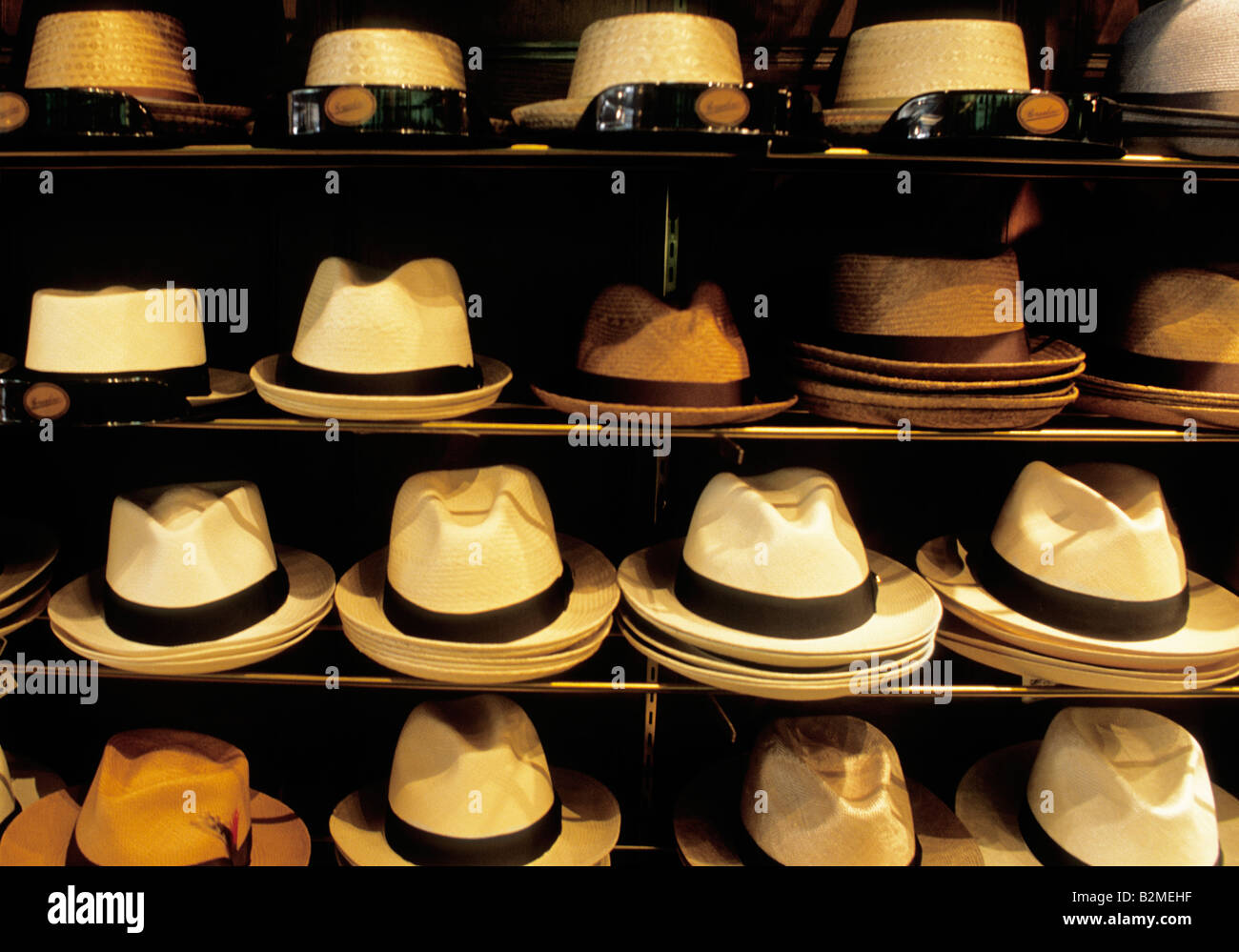 New York City Straw Hats in Hat Store USA Stock Photo  18890187 - Alamy 66c37356096d