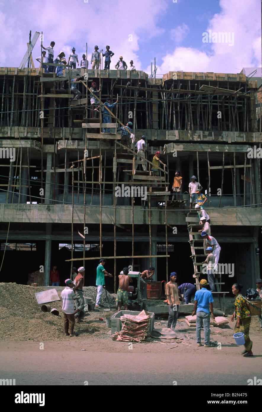 labour intensive construction asia - Stock Image