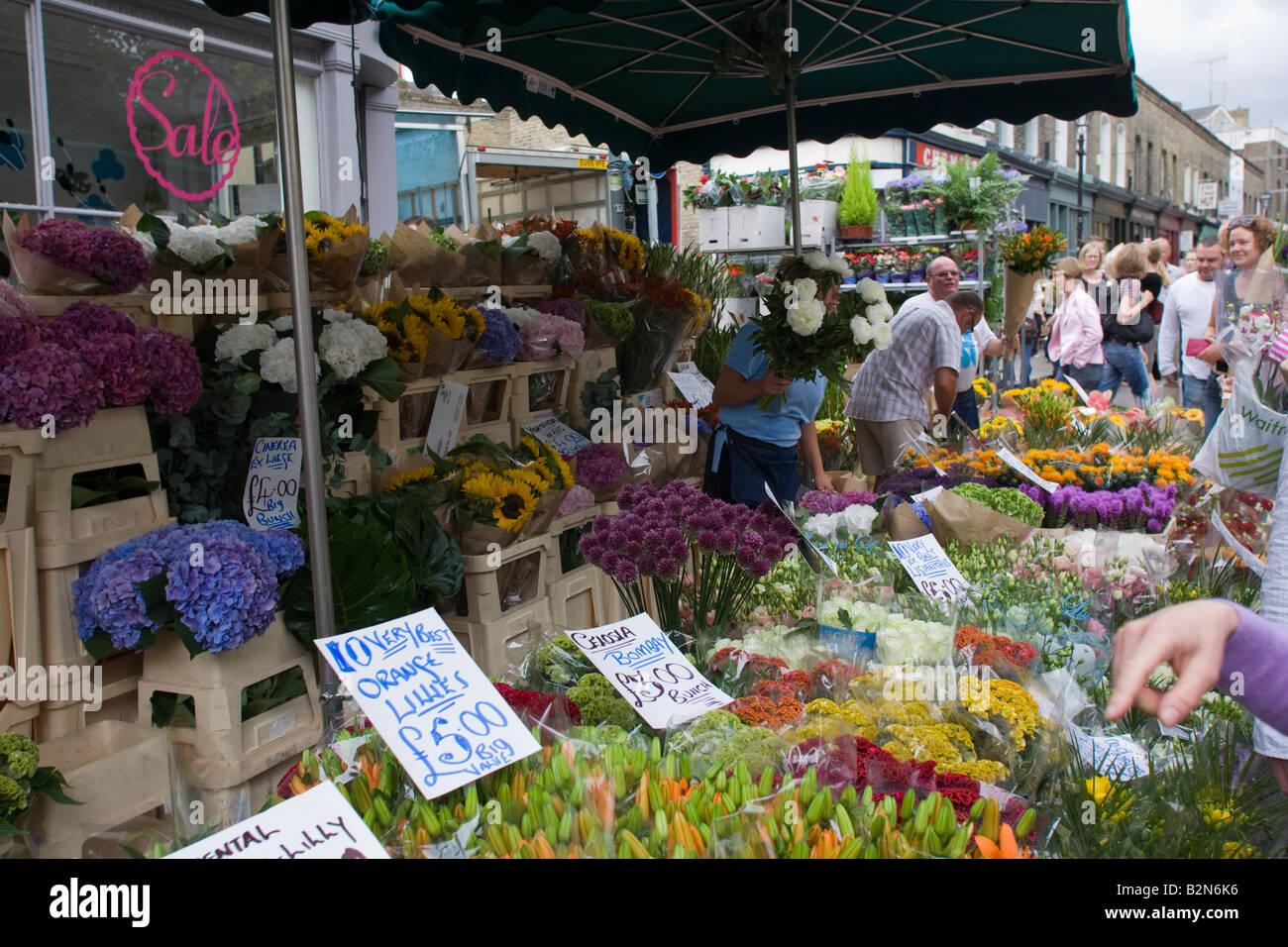 Columbia Road Sunday flower Market Hackney Road  East London GB UK - Stock Image