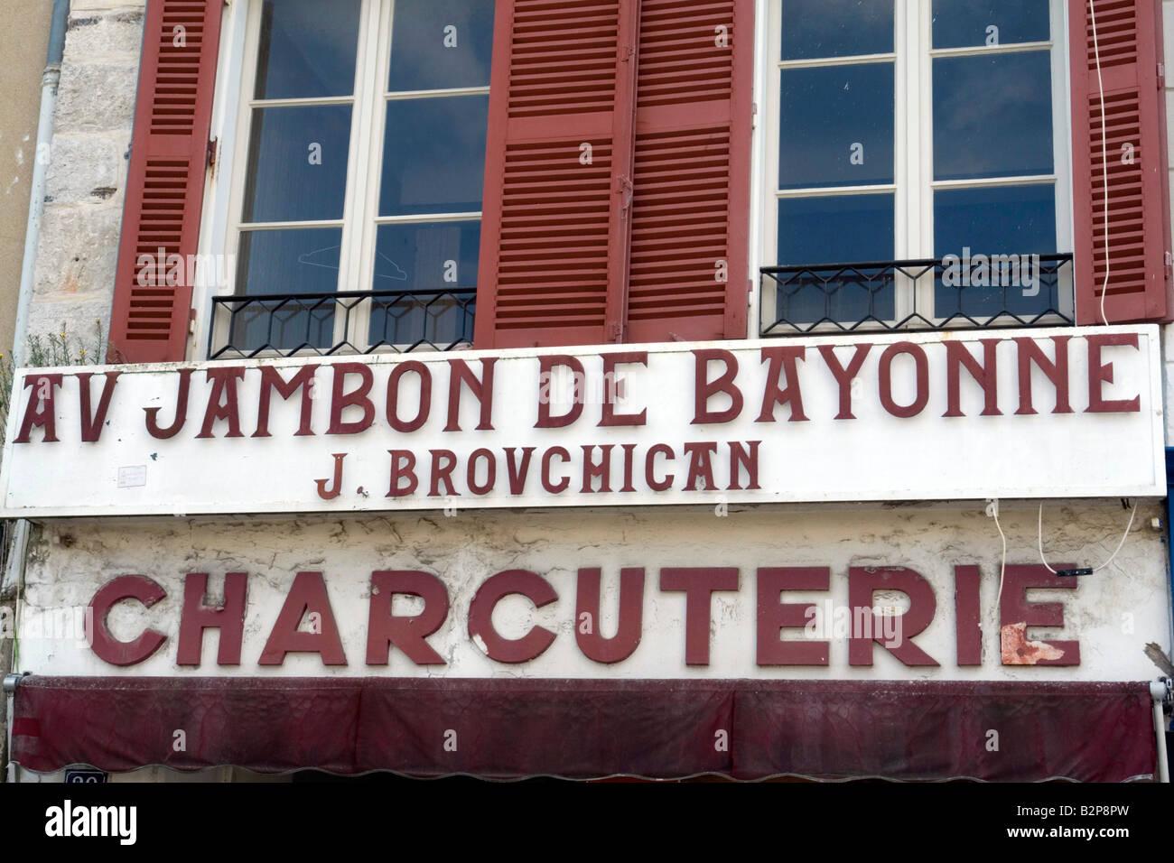 charcuterie selling jambon de Bayonne Aquitaine France - Stock Image