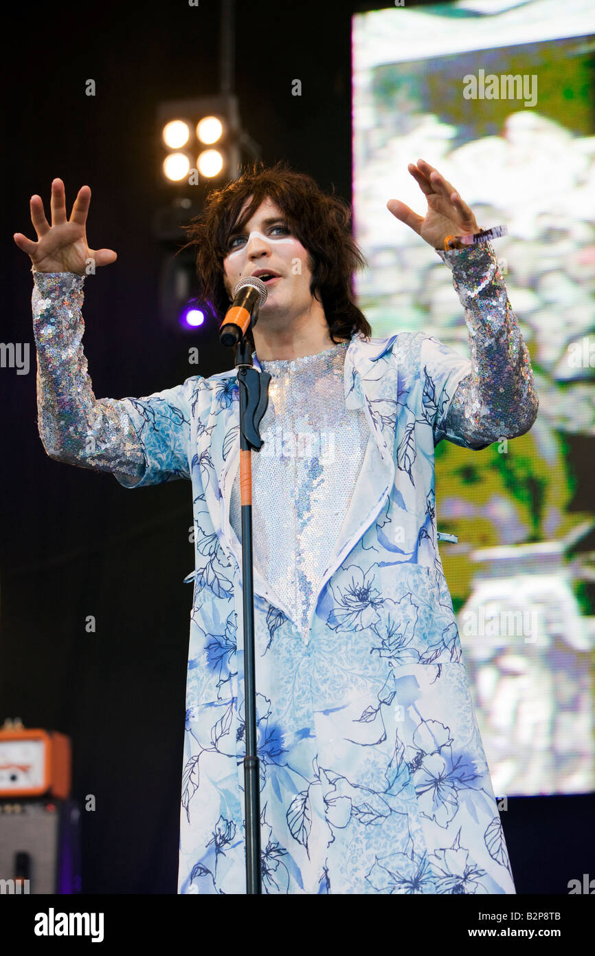 Noel Fielding of The Mighty Boosh performing live at The Big Chill Festival 2008, Eastnor Castle Herefordshire - Stock Image