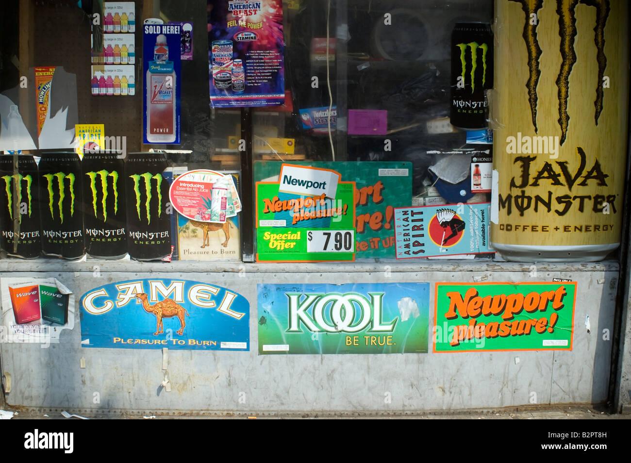 Cigarettes Marlboro in Toronto