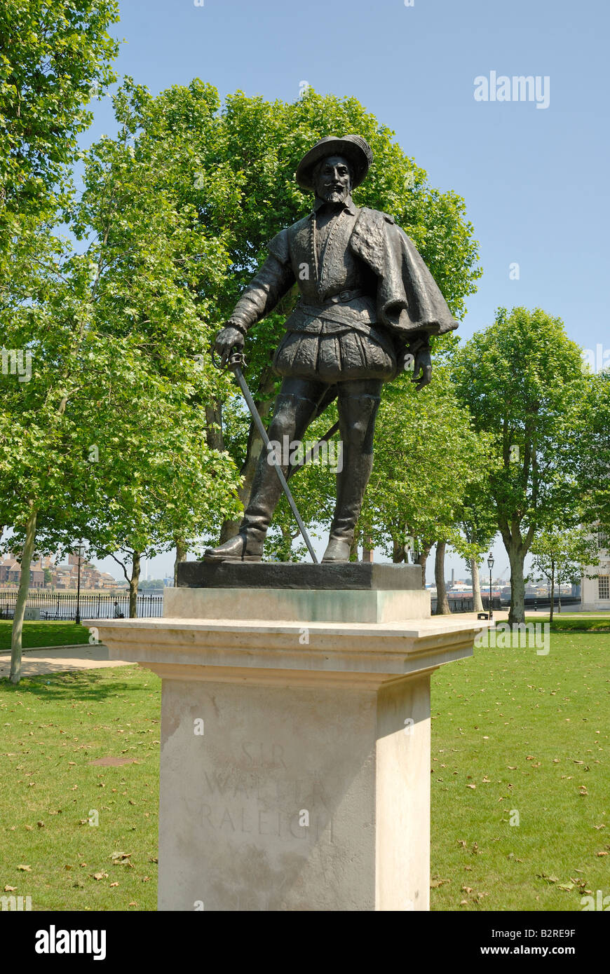 Sir Walter Raleigh statue,Greenwich, London - Stock Image