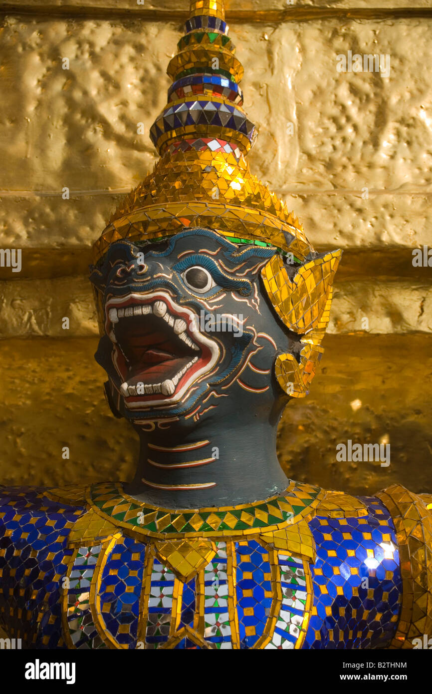 Close-up of a caryatid of a golden Chedi, Wat Phra Kaew, the most important Buddhist temple of Thailand, Ko Ratanakosin, - Stock Image