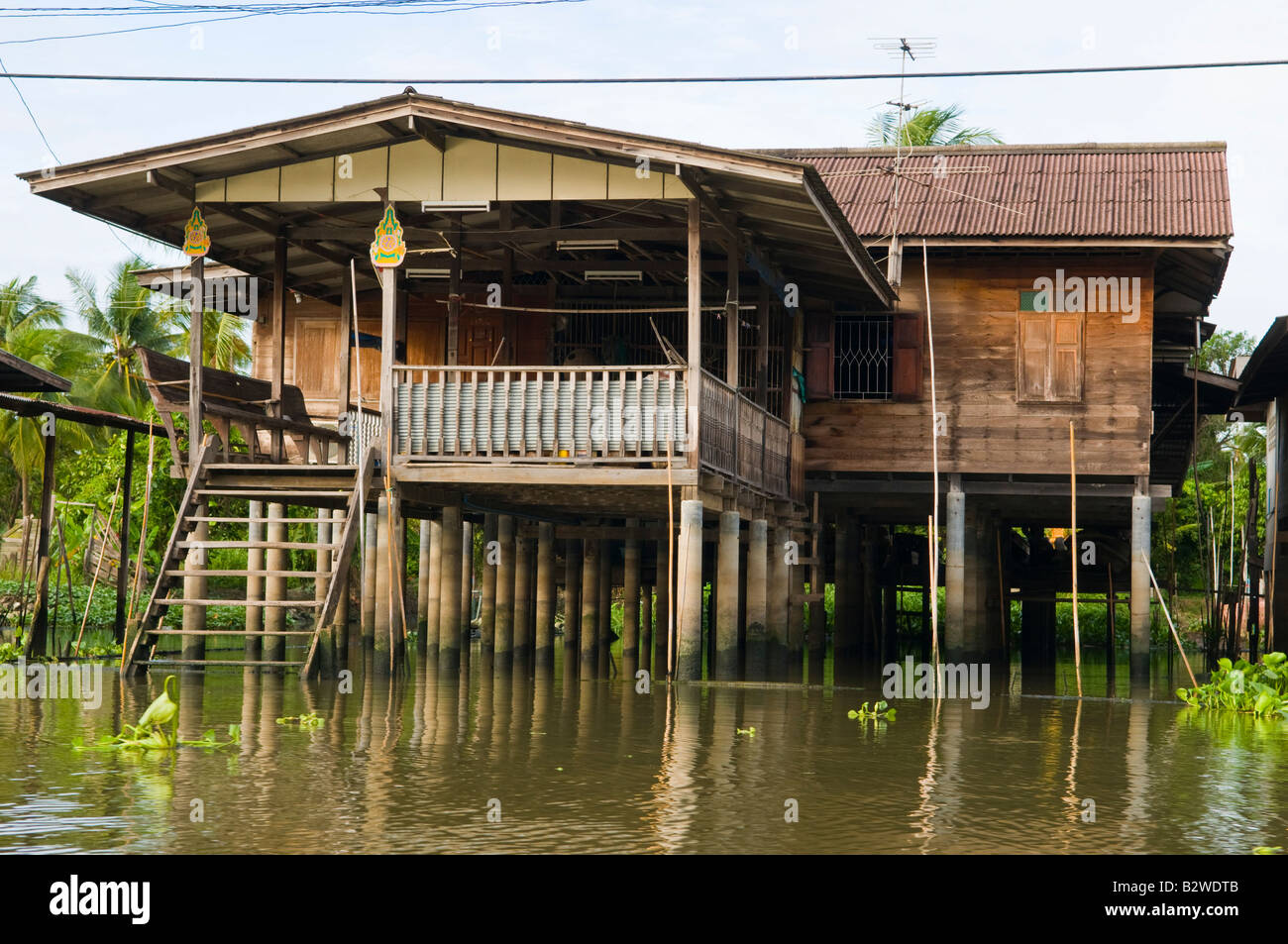 Traditional Wooden Thai House River Canal Home   Stock Image