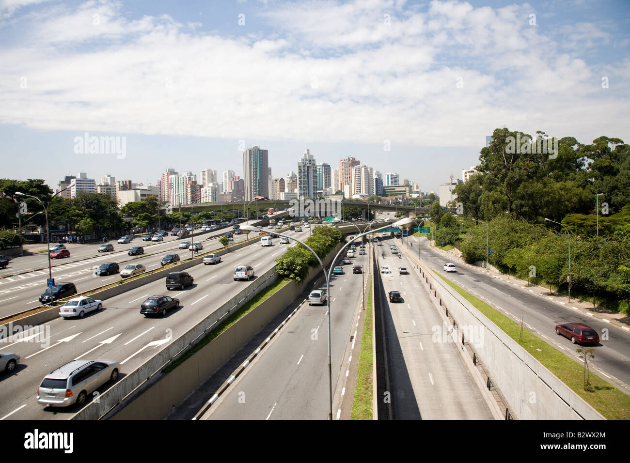 Sao Paulo Traffic and skyline, Brazil - Stock Image