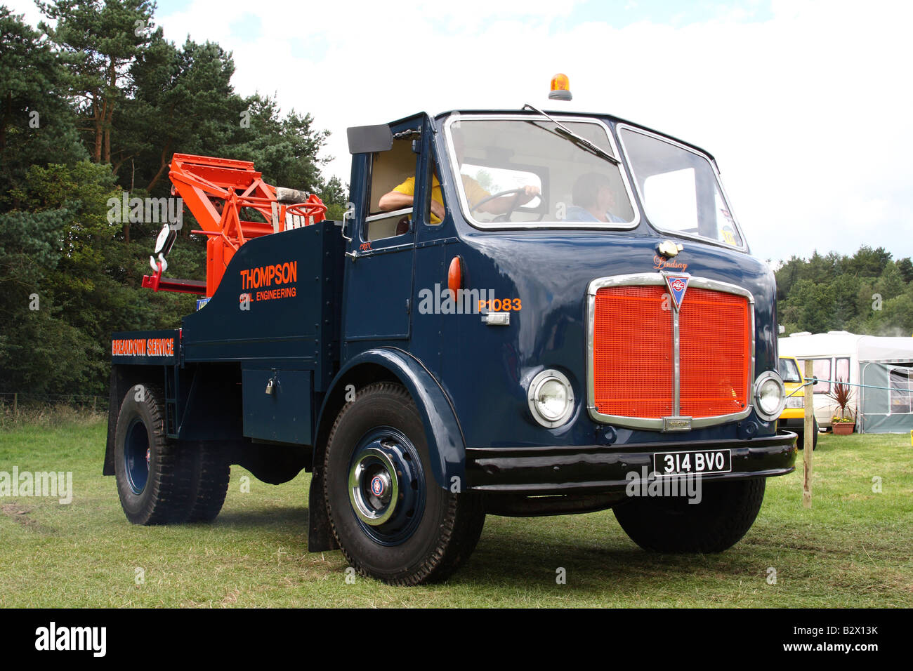 A vintage AEC tow truck at the Cromford Steam Engine Rally 2008. - Stock Image