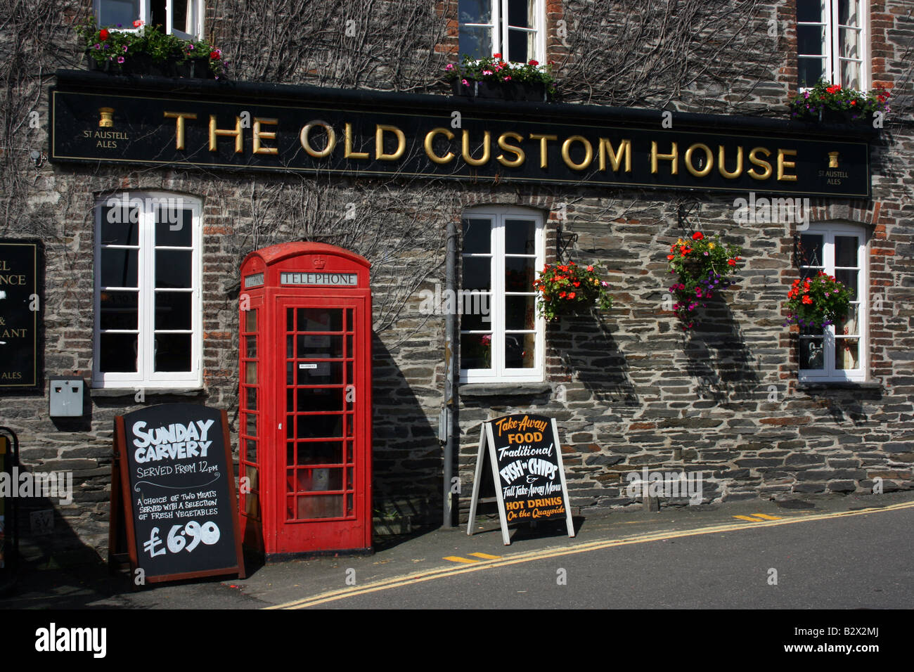 The Old Custom House in Padstow, Cornwall, England Stock Photo