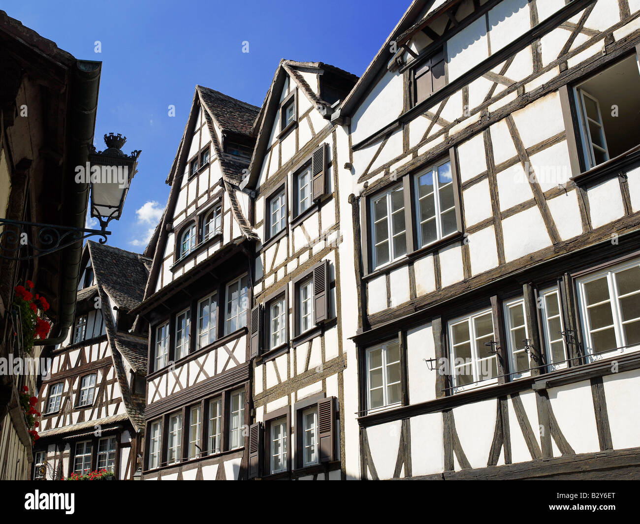 16th Century French Home - renaissance-half-timbered-houses-16th-century-la-petite-france-district-B2Y6ET_Beautiful 16th Century French Home - renaissance-half-timbered-houses-16th-century-la-petite-france-district-B2Y6ET  Graphic_109950.jpg