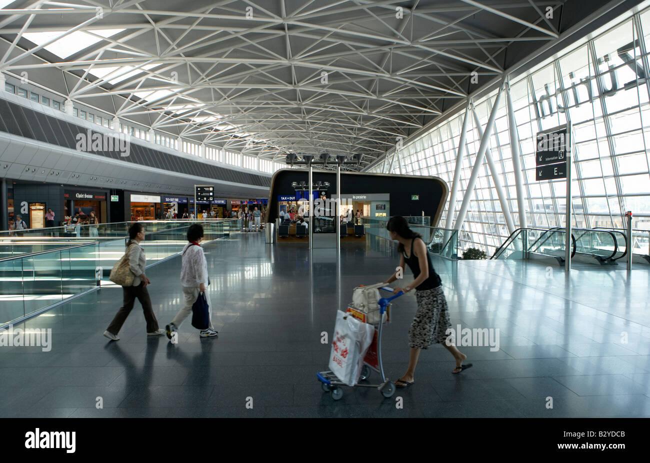Interior view of the Airside Center of the airport in Kloten, Zuerich, Switzerland - Stock Image