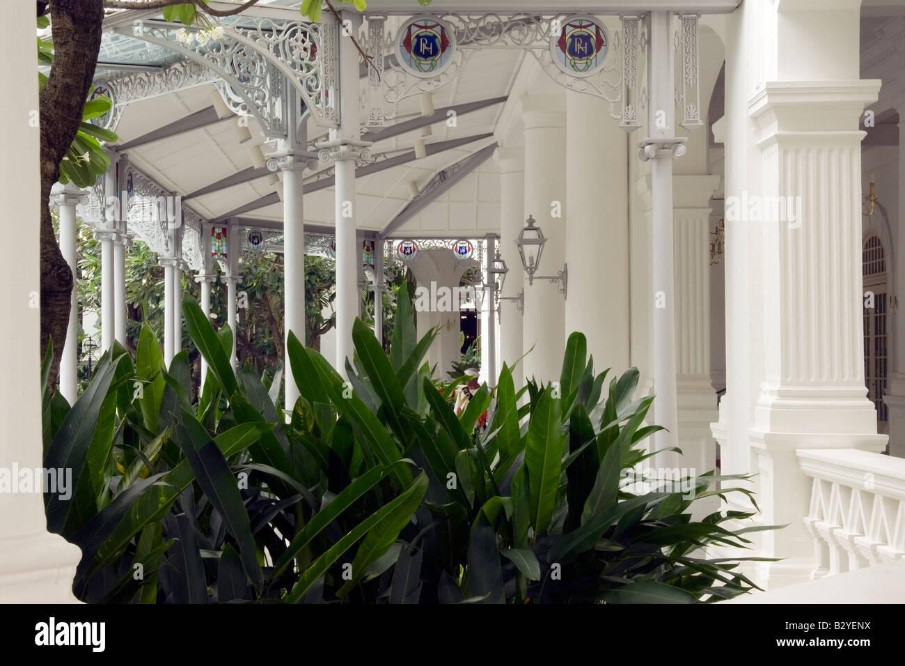 Grand entrance to Raffles Hotel, Singapore - Stock Image