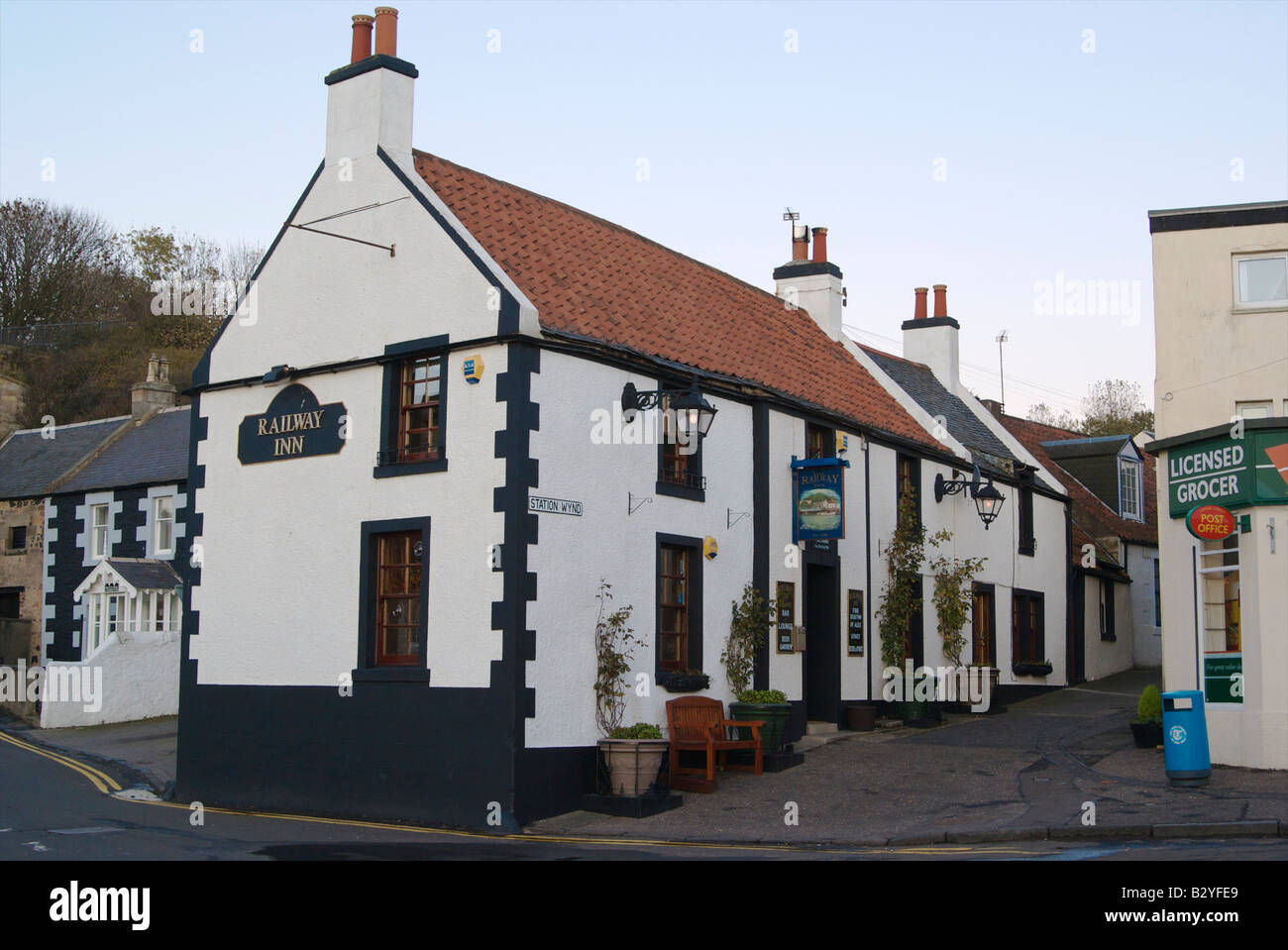 The Railway Inn at Lower Largo in the East Neuk of Fife. - Stock Image