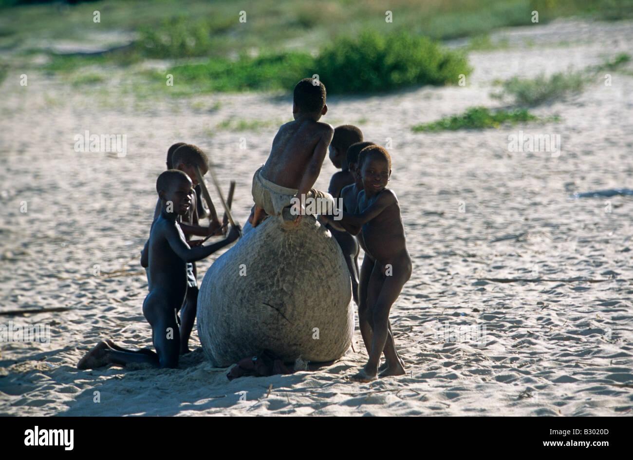 Nude Little Boys Girls