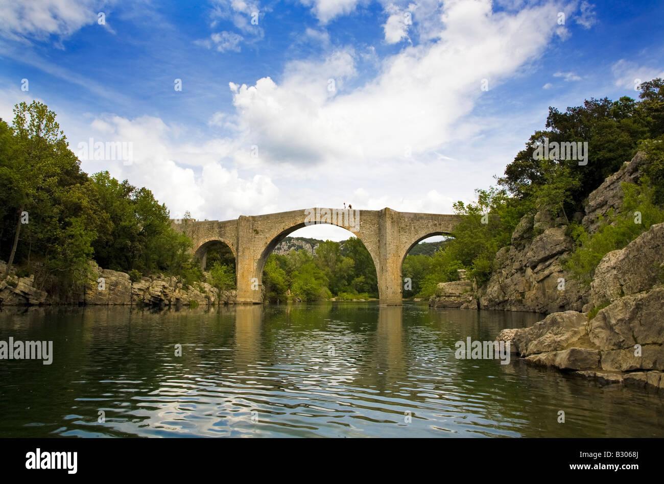 The 14th Century L Herault Pont De Saint Etienne D Issensac