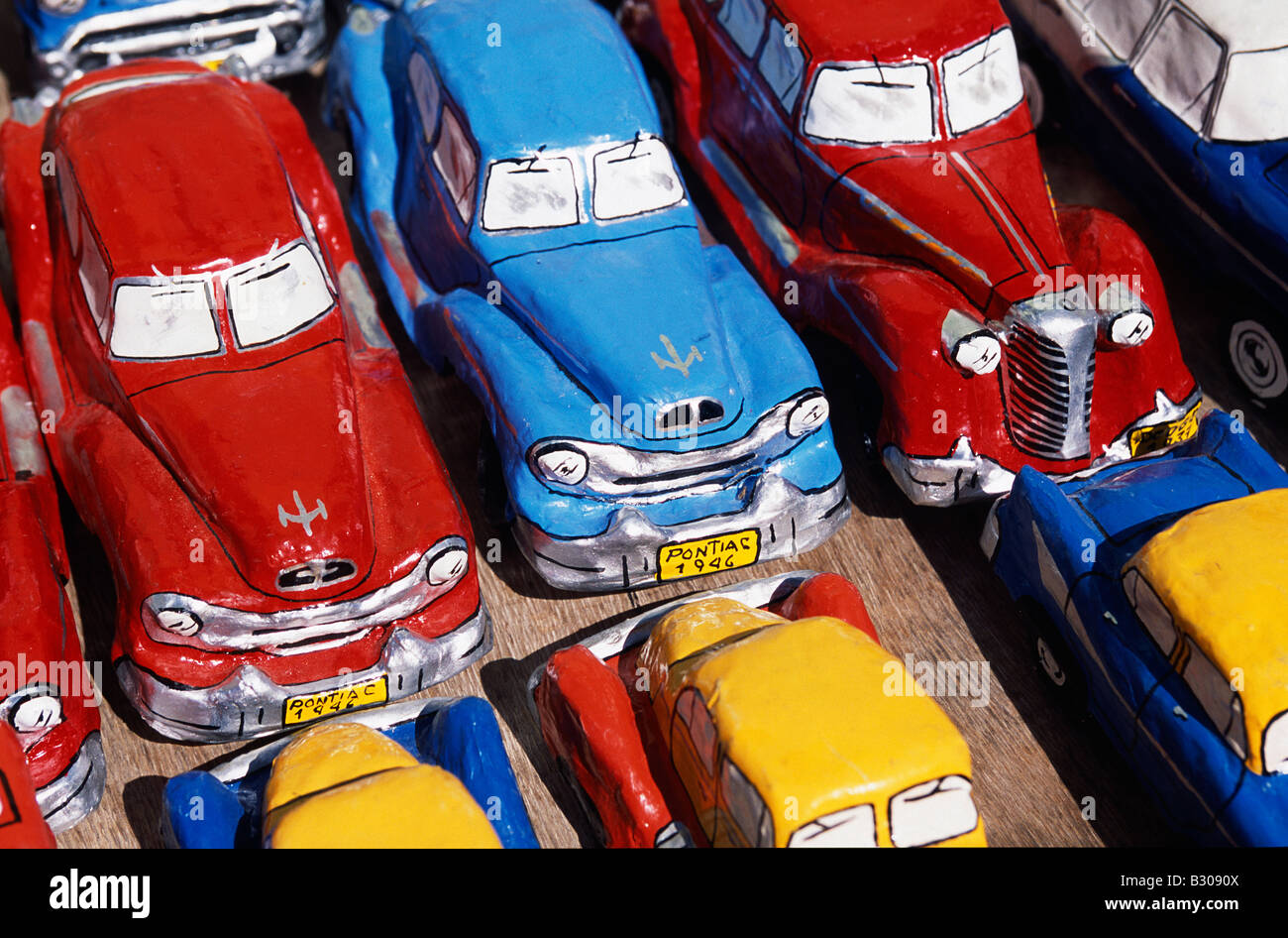 Handicraft market and classic car models for sale in World Heritage ...
