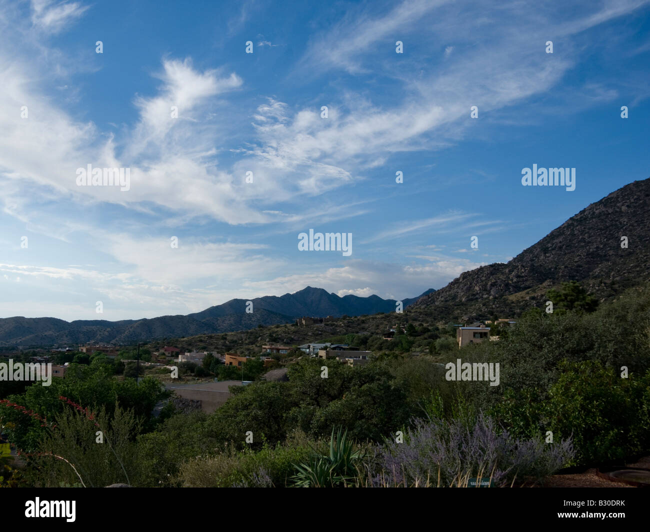 Residential houses at the foothills of the Sandia Mountains - Stock Image