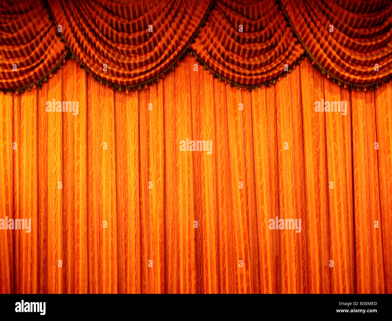 Egyptian-blue-pole-swag curtain - Stock Image
