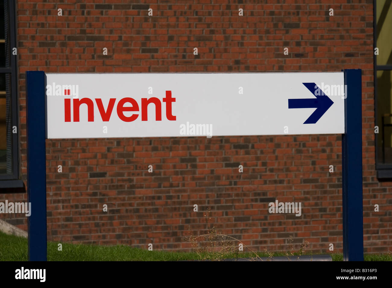 Sign pointing to the invent centre. - Stock Image