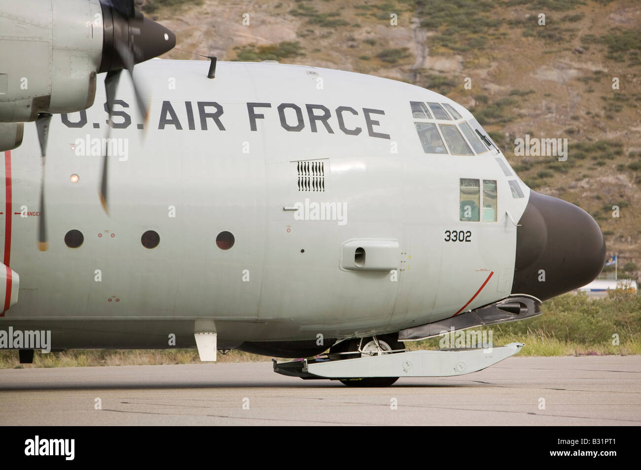 An American Air Force flight at Kangerlussuaq on Greenland after a resupply flight to the science base on the summit - Stock Image