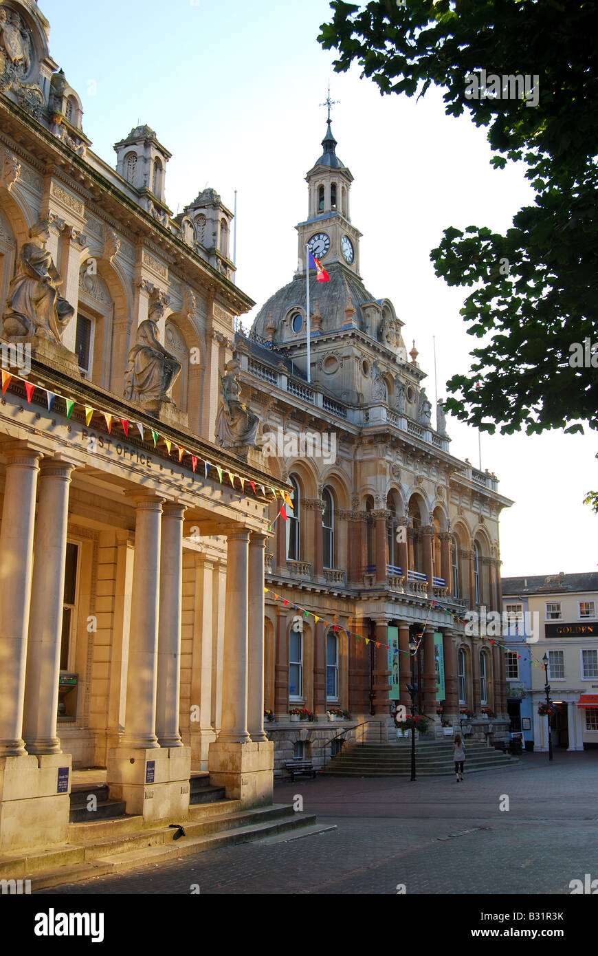 The Town Hall at sunrise, The Cornhill, Ipswich, Suffolk, England, United Kingdom - Stock Image
