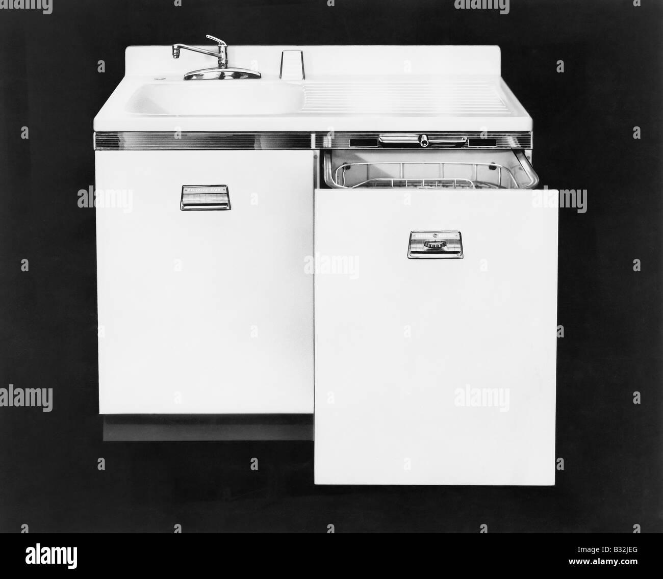 Dishwasher, circa 1950s - Stock Image