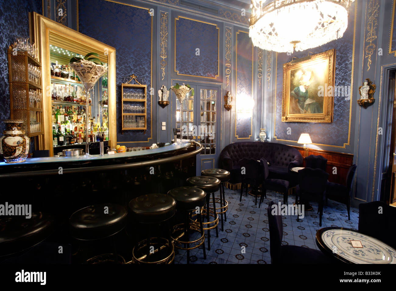 The elegant Blaue Bar at Hotel Sacher Vienna Austria Property Released - Stock Image