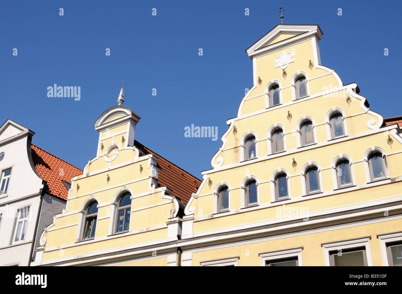 Häuserzeile in Wismar Mecklenburg Vorpommern Deutschland Row of houses in Wismar Mecklenburg Western Pomerania - Stock Image