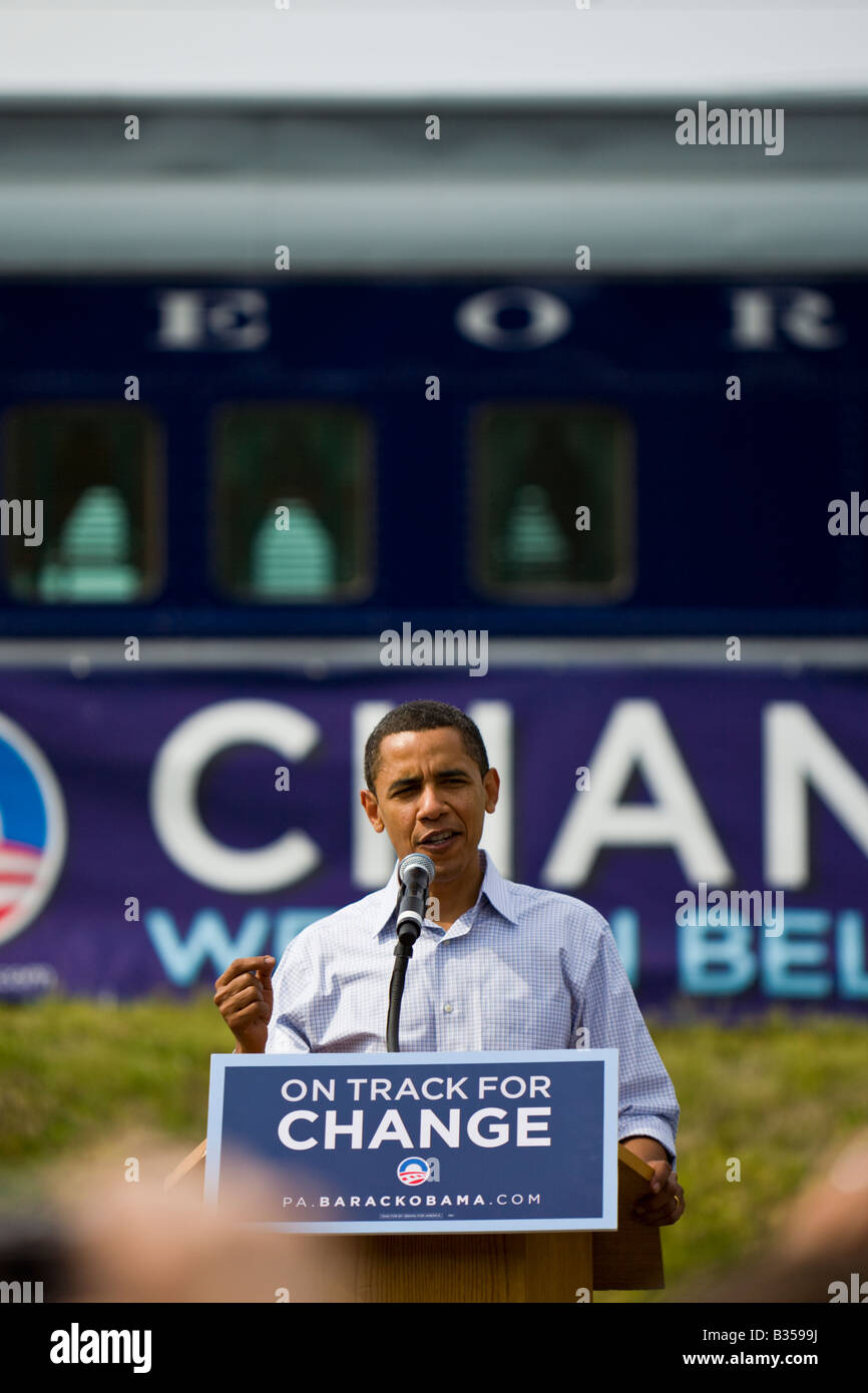 DemocraU. S. President Barack Obama speaks to a crowd in Pennsylvania during the 2008 Presidential election. - Stock Image