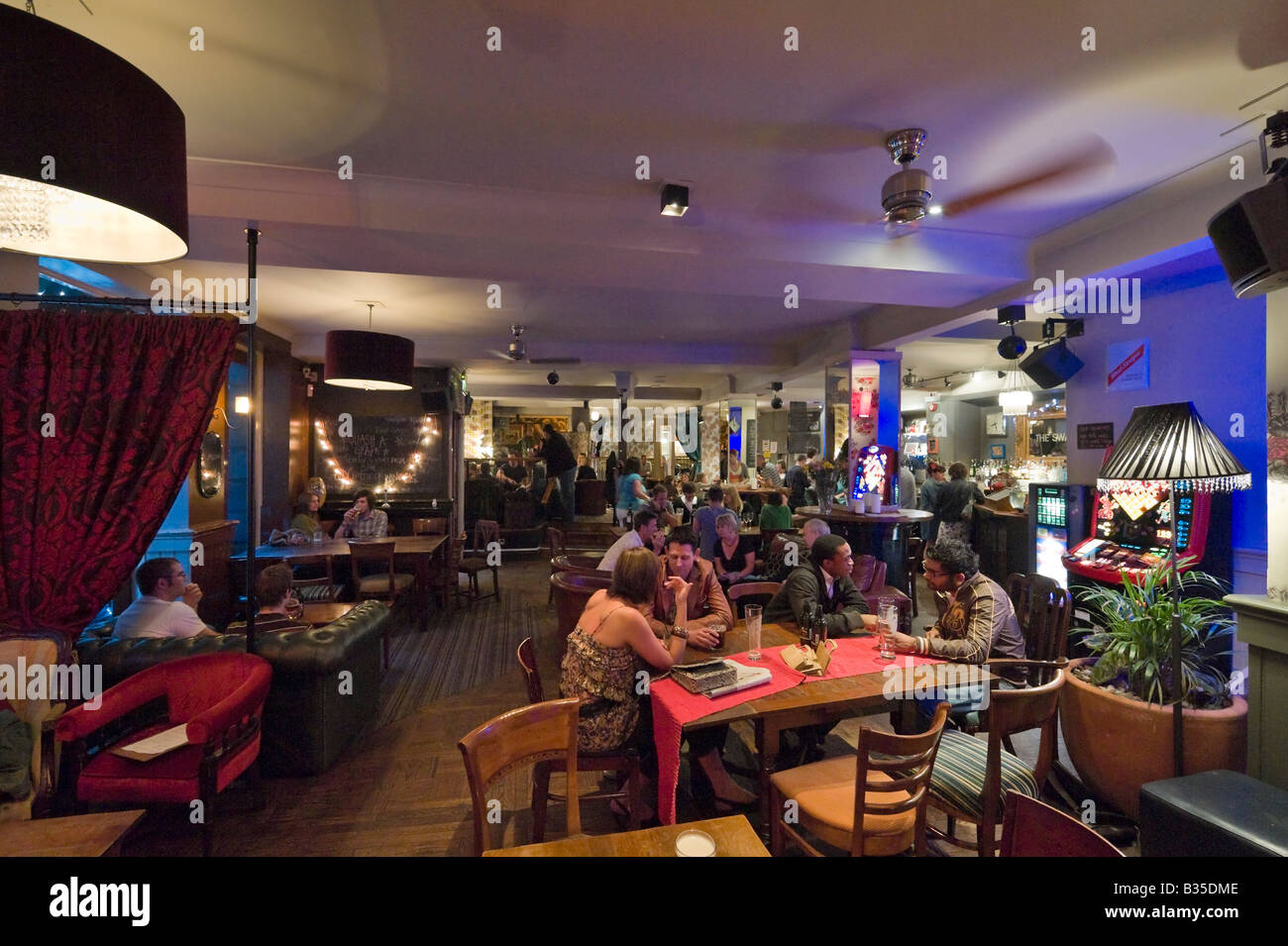Pub in the city city centre on a Friday night, Briggate, Leeds, West Yorkshire, England - Stock Image