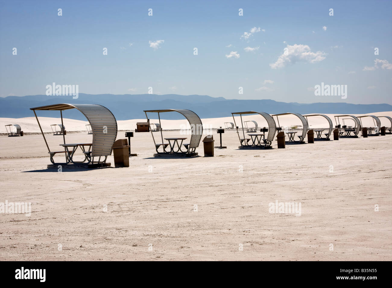 Picnic area, White Sands National Monument, New Mexico - Stock Image