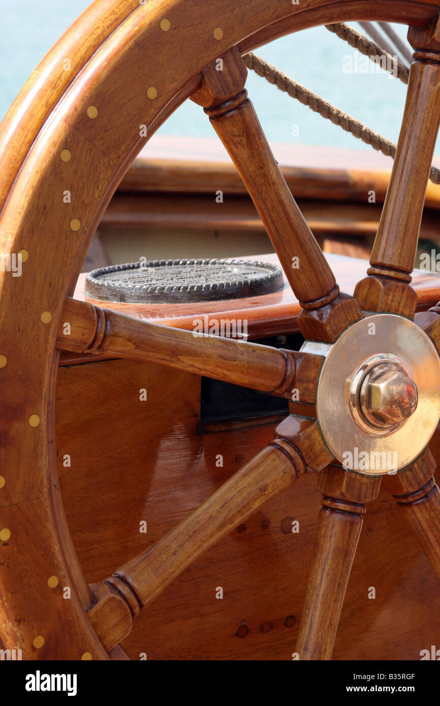 The steering wheel on the Pride of the Baltimore Ship - Stock Image