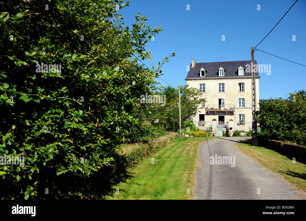A house featured on the Channel 4 programme 'Grand Designs' - Chez Jallot - Limousin region, France - Stock Image
