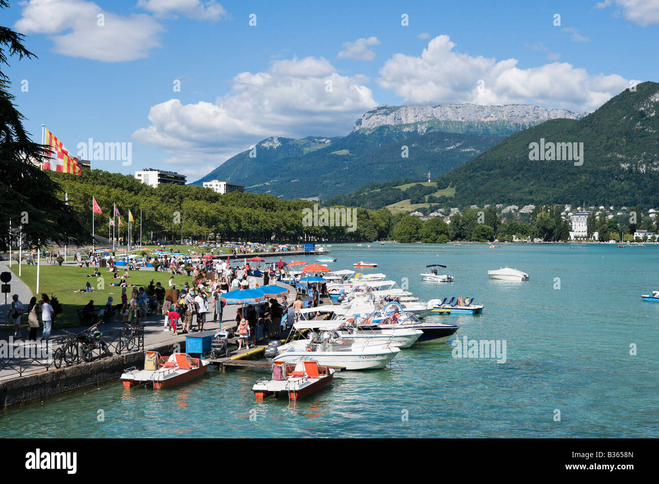 Lake Annecy Stock Photos Lake Annecy Stock Images Alamy