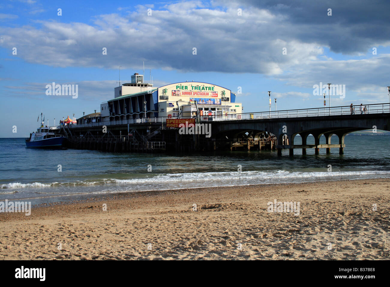Bournemouth Pier. Photograph by Kim Craig. - Stock Image