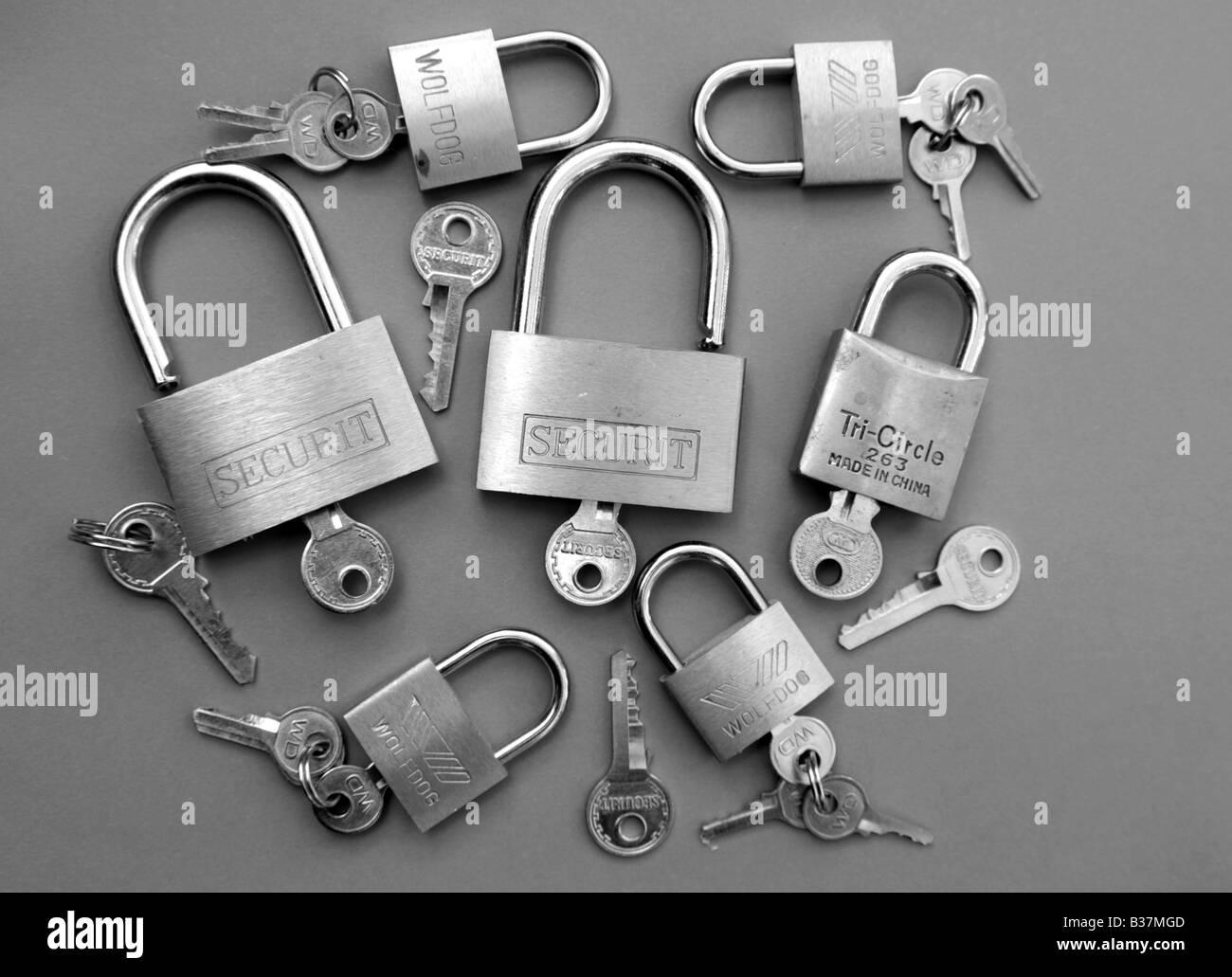 padlock, lock, 2, two, secure, security, safe,  link, interlink, interlinked, together - Stock Image