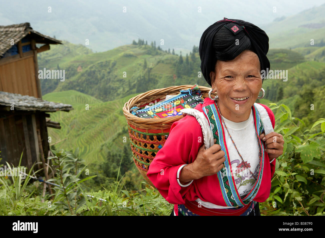 rice village haircut yao stock photos amp yao stock images alamy 4692 | long haired women from huangluo yao village these women only have B387F0