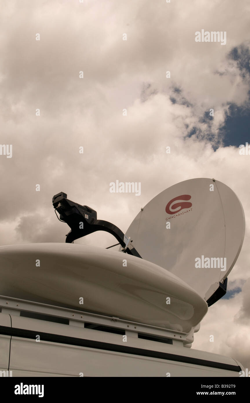 Sky Tv Van Stock Photos Amp Sky Tv Van Stock Images Alamy