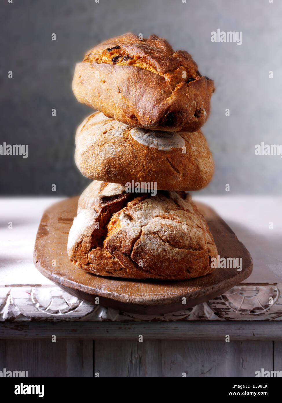 Loaves of wholemeal and brown breads - Stock Image