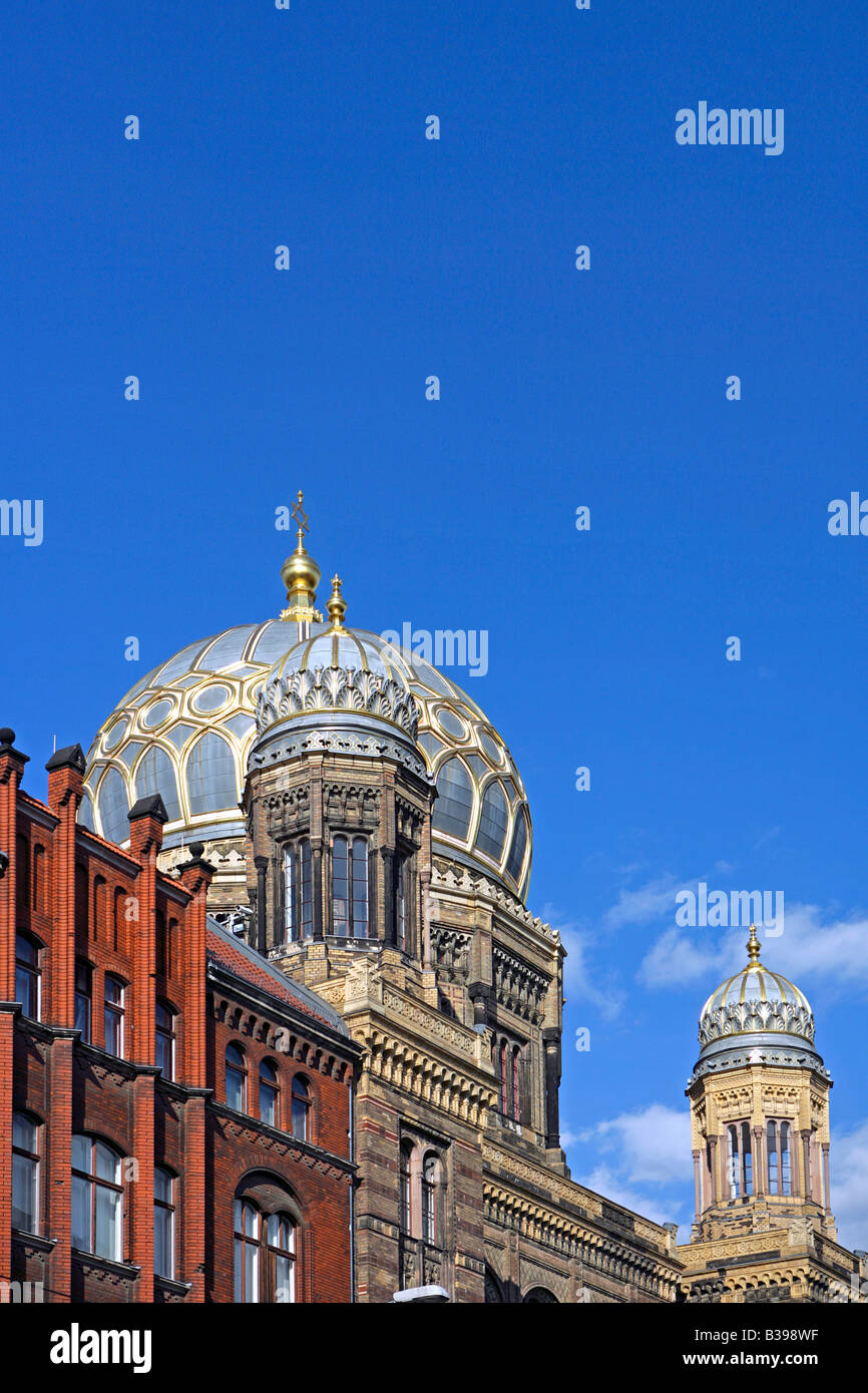 Deutschland, Berlin, Kuppel der neuen Synagoge, Dome of the new synagogue in Berlin, Germany Stock Photo