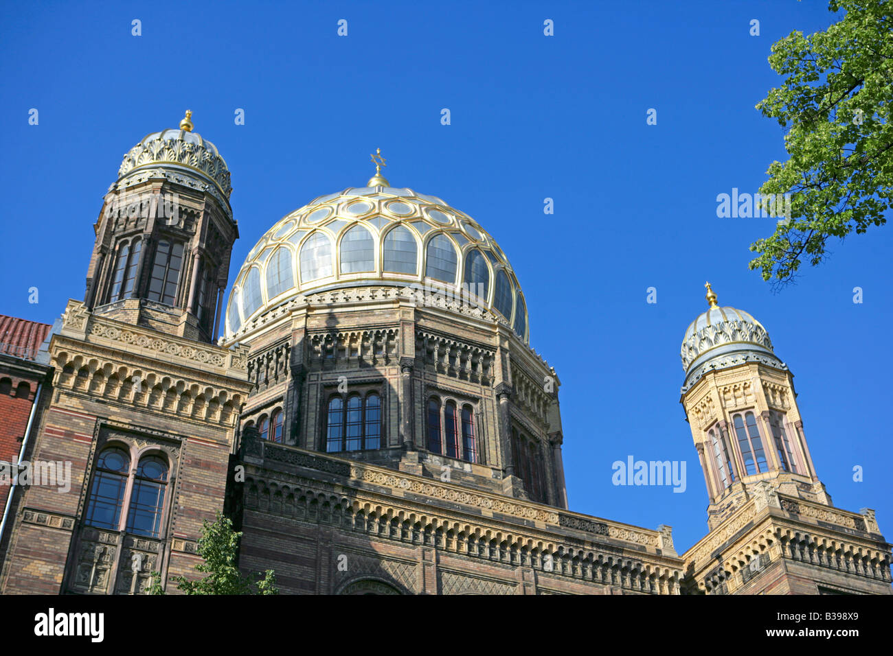 Deutschland, Berlin, Kuppel der neuen Synagoge, Dome of the new synagogue in Berlin, Germany - Stock Image