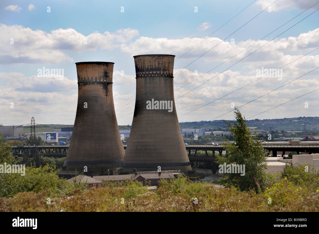 Tinsley Cooling Towers 12 hours before the Towers were demolished on   24 August 2008, Sheffield, England, UK - Stock Image