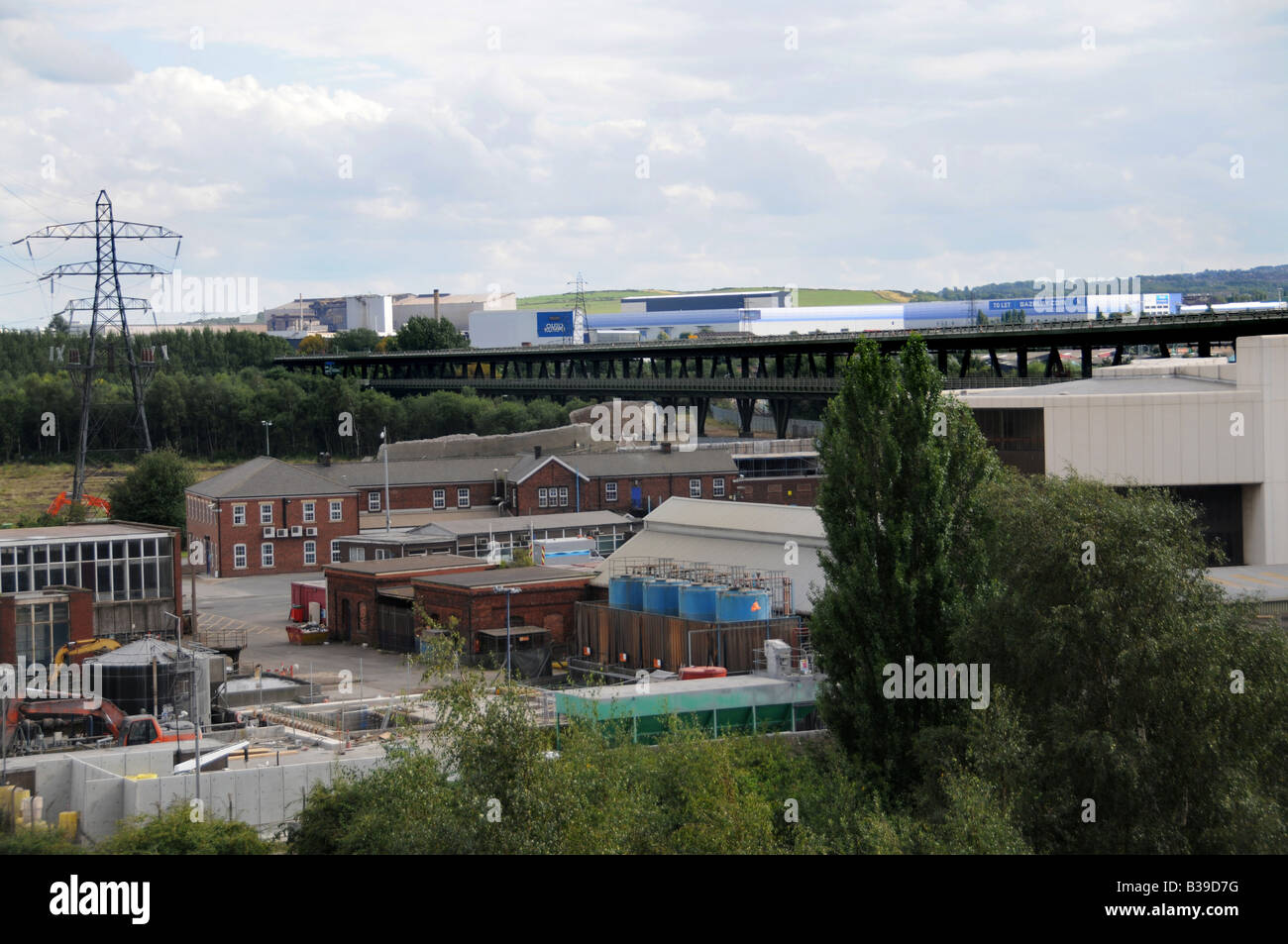 The remains of the Tinsley Cooling Towers 12 hours after the Towers were demolished on 24 August 2008, Sheffield, - Stock Image