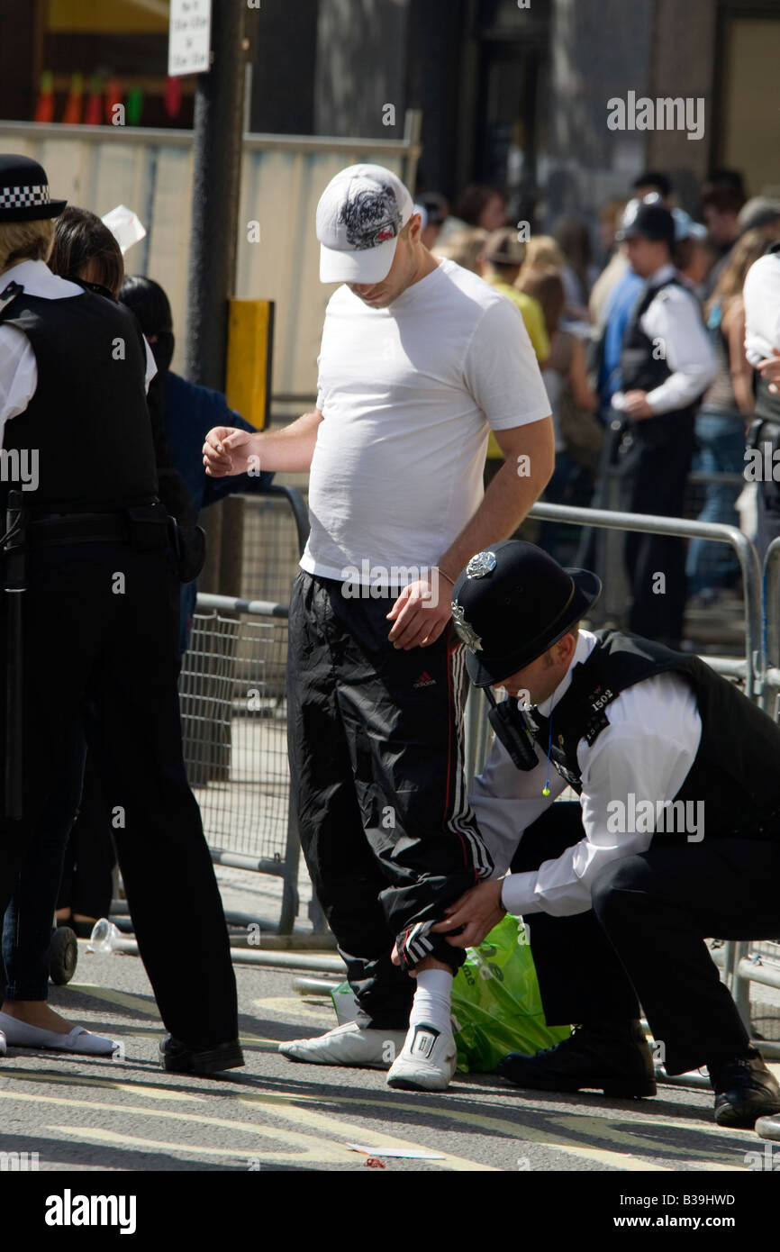 London Metropolitain Police stop and search operation during the Notting Hill Carnival 2008 - Stock Image