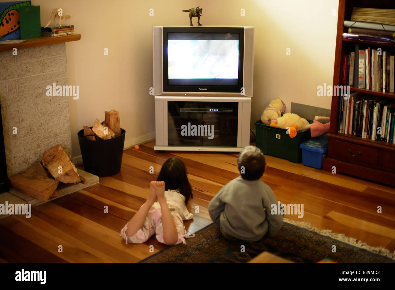 Children watch TV - Stock Image