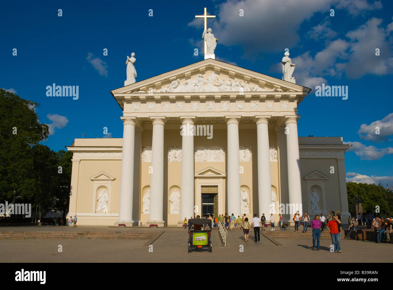 Katedros aikste square with the Cathedral in Vilnius Lithuania Europe - Stock Image