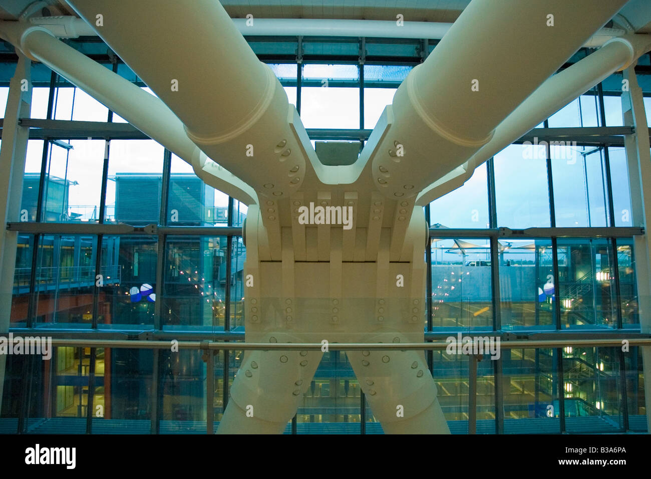 Architectural Support Steelwork in Heathrow Terminal 5 - Stock Image