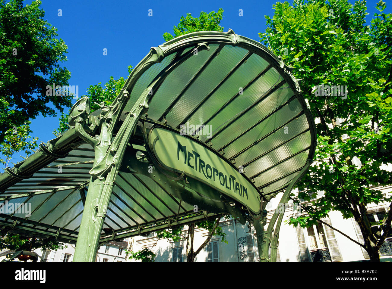 Art Nouveau Metro Stations Paris Stock Photos & Art Nouveau Metro ...